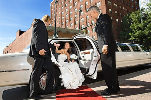 5 Tips on Hiring a Limo Service for Your Wedding | Sunset Limousine